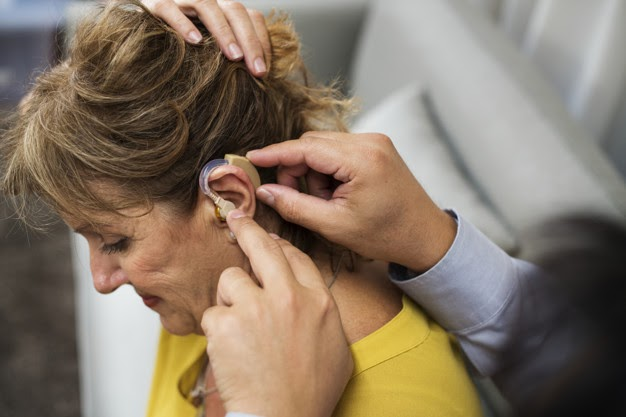 Tips for Getting Used to Hearing Aids